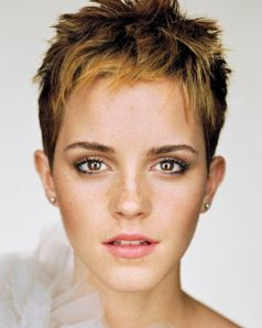 martin-schoeller-emma-watson-portrait-up-close-and-personal